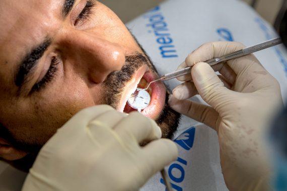 טיפולי שורש -וינטרמן - שתלים, רפואה וטכנאות שיניים בחיפה