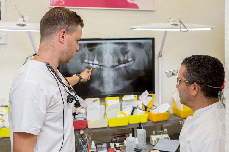 טכנאי שיניים – מה זה בכלל?
